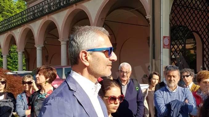 Gianrico Carofiglio legge Lussu nella prima passeggiata letteraria della fondazione Mirafiore 1
