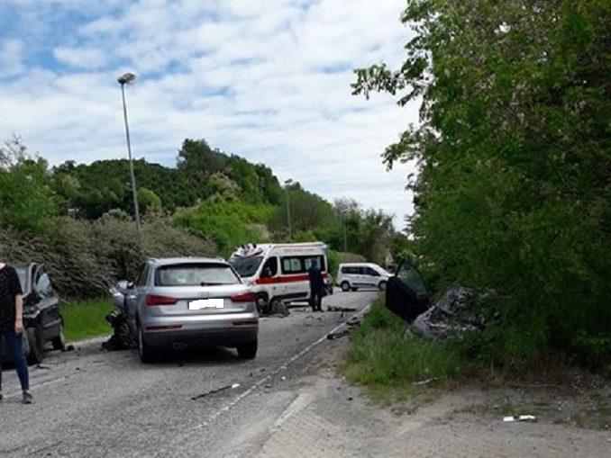 Incidente a Monticello in località Sant'Antonio, coinvolti tre veicoli 1