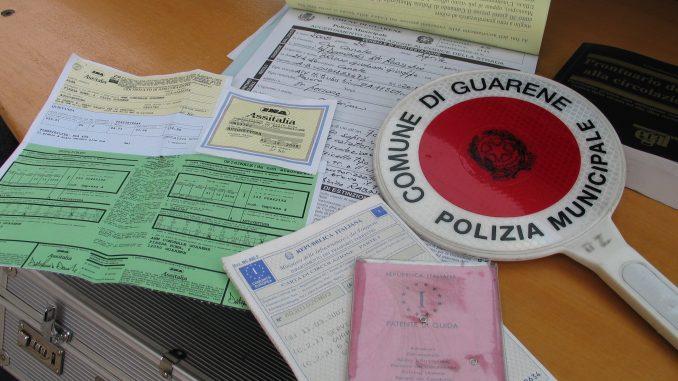 La Polizia locale di Guarene individua un'auto rubata