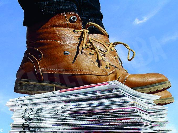 scarpone giornali
