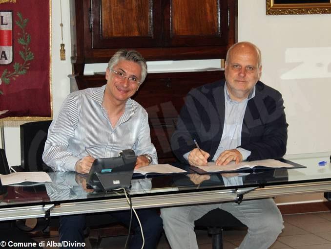 Passaggio di consegne tra i sindaci di Alba: firmata la verifica straordinaria di cassa del Comune