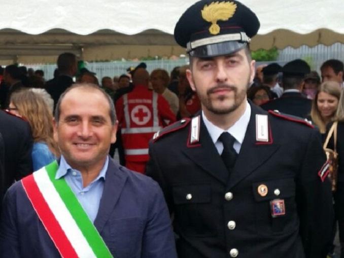 Maresciallo Francesco Simeoni con il sindaco Carlo Mancuso