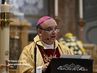 Il vescovo Brunetti richiama a un uso responsabile dei social 1