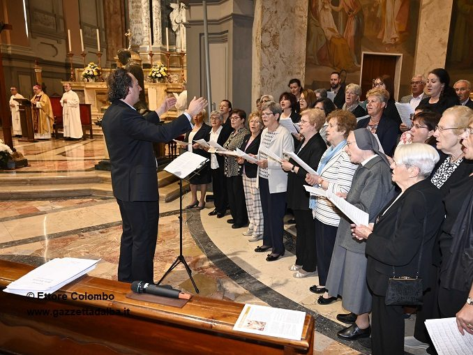 Il vescovo Brunetti richiama a un uso responsabile dei social 2