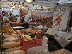 Fotogallery: il mercato europeo in piazza Sarti