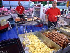 Fotogallery: il mercato europeo in piazza Sarti 12