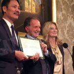 Il senatore Perosino premiato dalla Camera di commercio cinese