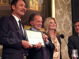 Il senatore Perosino premiato dalla Camera di commercio cinese 1