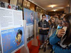 Santi della porta accanto: la mostra lascia il segno nei ragazzi che la visitano 3