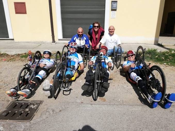 Handbikers di Sportabili a Chivasso per il Girdo d'Italia 1