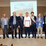 All'Enoteca di Grinzane Cavour il premio a chi cura la bellezza delle colline
