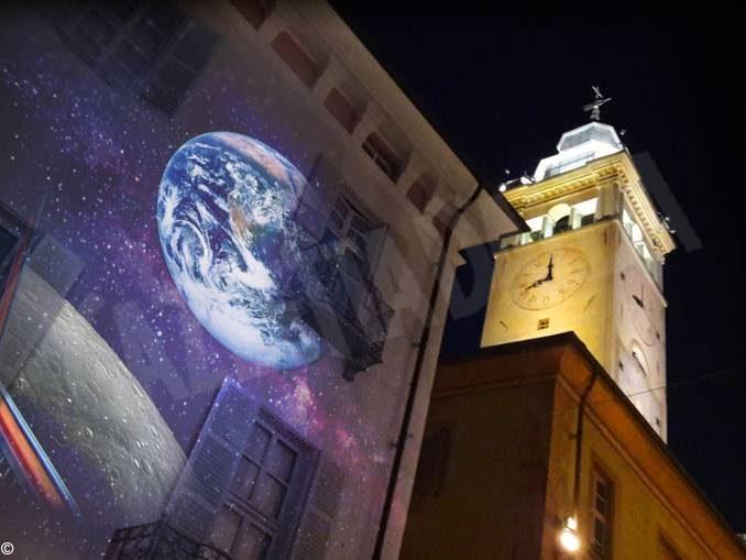 La fondazione Crc rende omaggio allo sbarco sulla luna