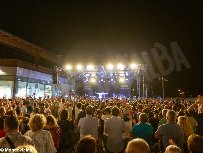 Luca Carboni @ MOV Summer Festival_8