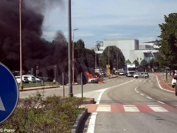 alba auto fiamme