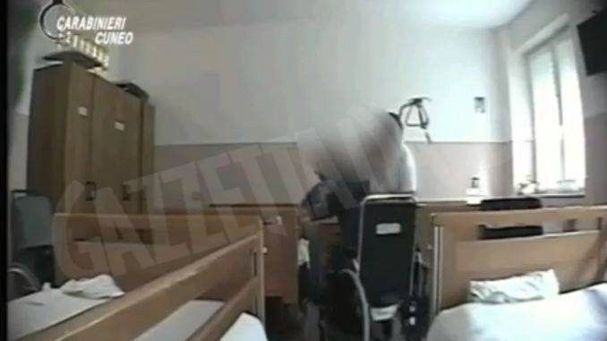 Maltrattamenti e lesioni indagati tre operatori della casa di cura Ospedale Santo Spirito di Cortemilia