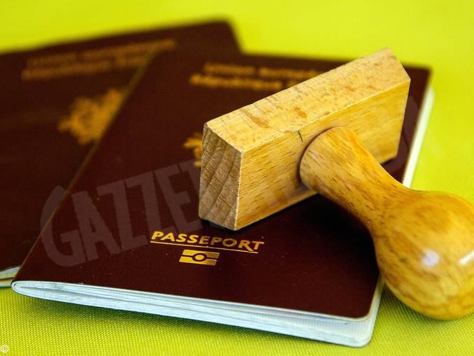 passaporto documenti