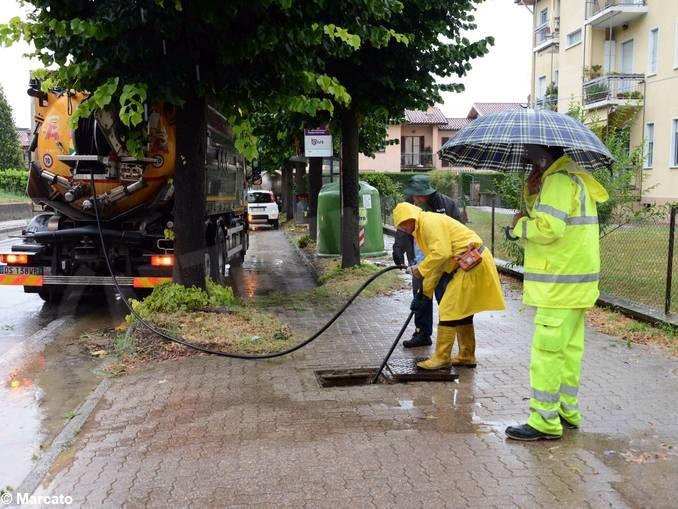 Più di 50 mm di pioggia in poche ore, allagamenti ad Alba e nell'albese 1