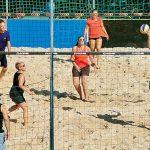 Festa ad Arguello tra beach-volley e musica rock
