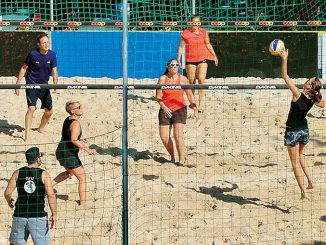Festa ad Arguello tra beach-volley e musica rock