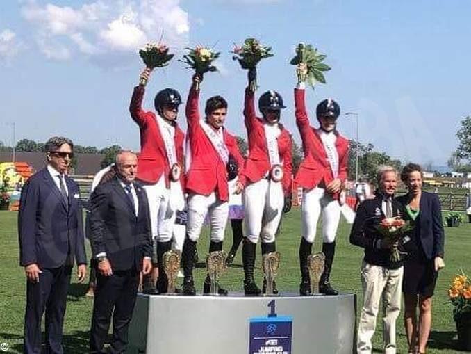Equitazione: l'Italia con Spinelli vince la Coppa delle nazioni 1
