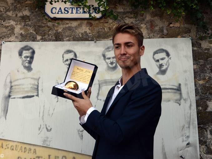 Pallapugno: Cristian Gatto ha ricevuto il Balun d'or 2019