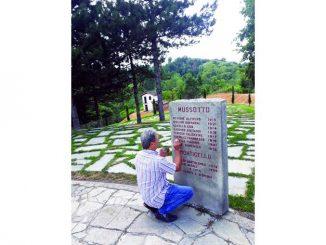 Massimo Ferraresi, il volontario che in estate si è preso cura delle lapidi