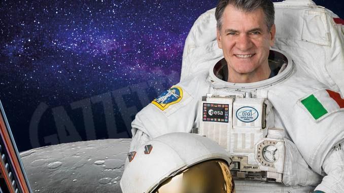 L'astronauta Paolo Nespoli incontra gli studenti della provincia