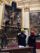 Volontari e restauratori al lavoro nella chiesa di San Giuseppe ad Alba 1