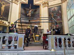 Volontari e restauratori al lavoro nella chiesa di San Giuseppe ad Alba 3