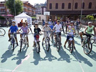 Amici in bici: la pedalata apre la festa alla Moretta 2