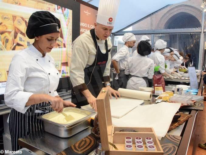 Scuola. Il Cillario Ferrero di Alba festeggia 50 anni