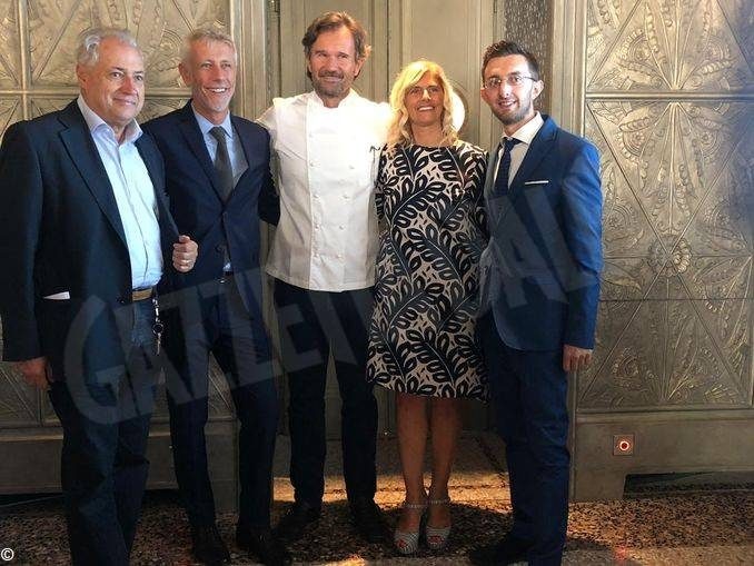 La Fiera del tartufo inizia il 5 ottobre. Presentata nel ristorante Cracco di Milano