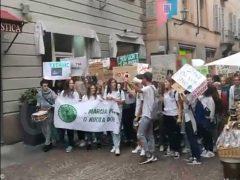Friday for future: oggi la manifestazione anche ad Alba