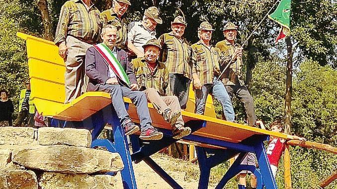 A San Benedetto Belbo è stata inaugurata la panchina gigante