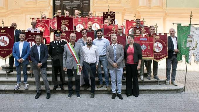 Alla festa della Fidas di Sommariva Perno medaglie ai donatori