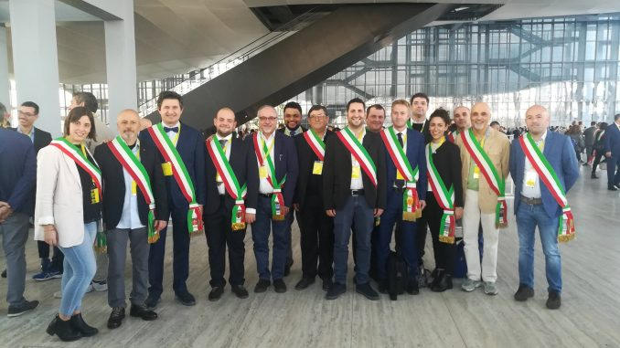 150 sindaci cuneesi e astigiani all'incontro promosso dalle Poste a Roma