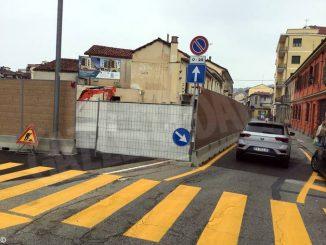 Cantiere in via Carando, modifiche alla viabilità