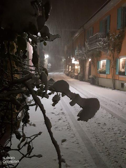 Iniziata la nevicata sulle Langhe 3