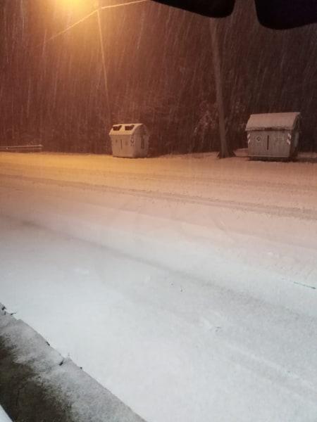 Iniziata la nevicata sulle Langhe 2