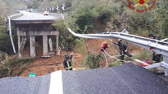 Allerta meteo: crolla tratto viadotto sulla Torino-Savona
