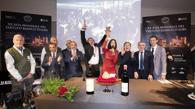 Ventesima Asta mondiale del tartufo, battuti lotti per 420mila euro 10