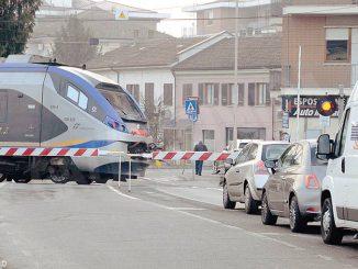 Parcheggi di testata per battere il traffico caotico in tutta la città