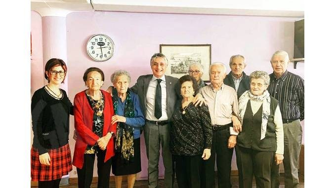 Alba: grande partecipazione alle Festa Natalizia per la terza età