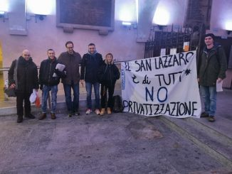 """Protesta del collettivo Chabas: """"Fermiamo l'asta dell'ospedale San Lazzaro"""""""
