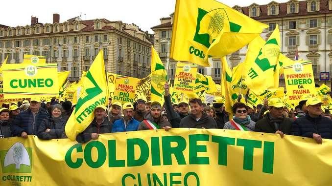Coldiretti: 4mila agricoltori manifestano a Torino 2