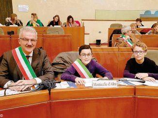 Monticello: il sindaco e il consigliere dei ragazzi sono intervenuti a palazzo Lascaris