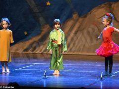 Piccolo principe scelto per la recita natalizia dei bambini dell'asilo Miroglio 11