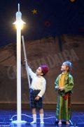 Piccolo principe scelto per la recita natalizia dei bambini dell'asilo Miroglio 20