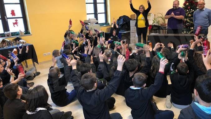 750 borracce per i piccoli alunni di Montà e Santo Stefano Roero