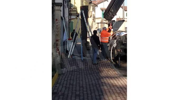 Ceresole: nuova pensilina degli autubus in via Bonissani